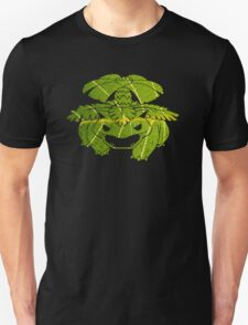 Pokemon: Textured - Venusaur  T-Shirt