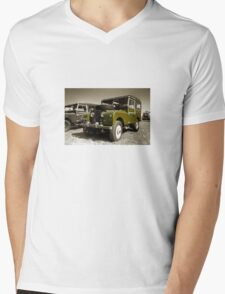 Landy S1 Mens V-Neck T-Shirt