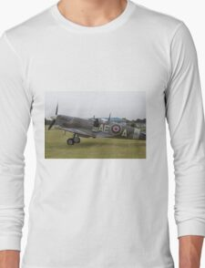 Spitfire at Commemoration of The Hardest Day took place at Biggin Hill Airport Long Sleeve T-Shirt