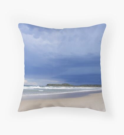 Frasers Reef - beach scene Throw Pillow
