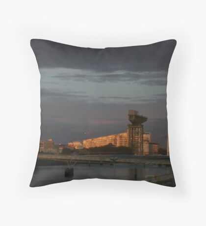 Glasgow at night Throw Pillow