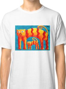 Curved Cats Classic T-Shirt