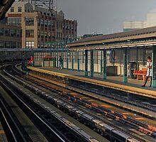 Courtsquare Platform, Queens by Clark Thompson
