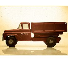 Red antique toy truck by krzyz