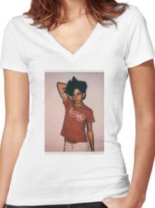 new 1975 got me like Women's Fitted V-Neck T-Shirt