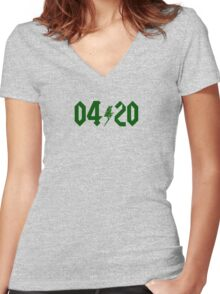 04:20 Women's Fitted V-Neck T-Shirt