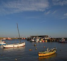 Bridlington Harbour No2 by StephenRB