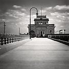 St Kilda Kiosk by Christine  Wilson Photography