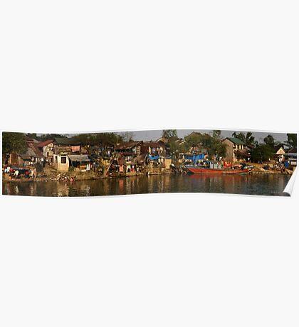 Hue River Life 3 - Panorama Poster