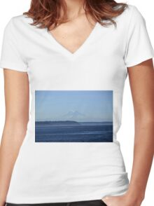 Mt. Rainier Women's Fitted V-Neck T-Shirt