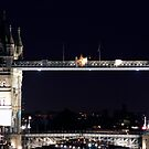 Tower bridge by Dean Messenger
