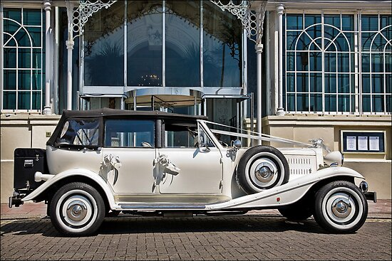 """The """"Beaufort"""" Weddingmobile by Chris Lord"""