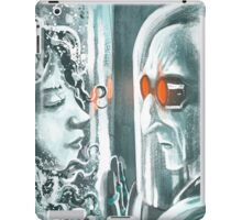 Freeze watching his frozen love iPad Case/Skin
