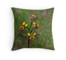 Diuris semilunulata natural light Throw Pillow
