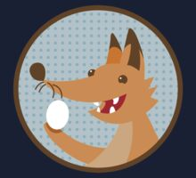 Cute little foxee with an egg Kids Tee