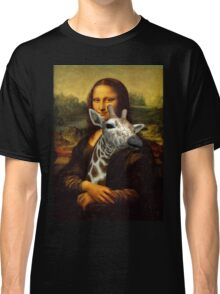Mona Lisa Loves Giraffes Classic T-Shirt