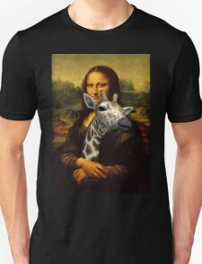 Mona Lisa Loves Giraffes T-Shirt