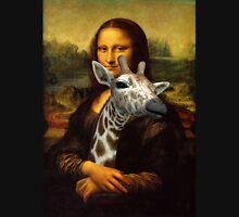 Mona Lisa Loves Giraffes Unisex T-Shirt