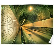 Tunnel 5ide Poster