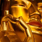 Golden buddha by reisefoto