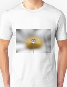 A drop full of daisies T-Shirt