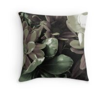 FLORA 39 Throw Pillow
