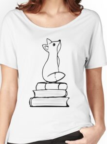 Fox on Books - With pages Women's Relaxed Fit T-Shirt