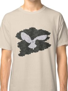 Owl in the night Classic T-Shirt