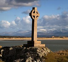 Celtic Cross (Llanddwyn Island ) by Raymond Kerr