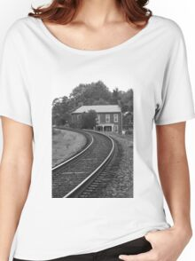 Jonesborough, Tennessee - Curved Train Tracks Women's Relaxed Fit T-Shirt