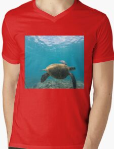 Honu - Turtle Summer  Mens V-Neck T-Shirt
