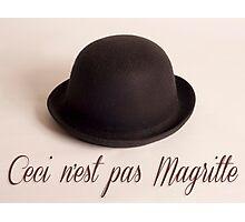 Ceci n'est pas Magritte - chapeau Photographic Print
