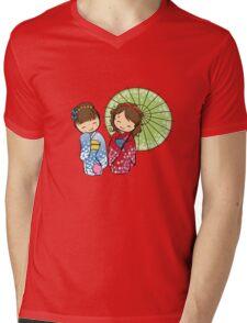 Little Japanese girls Mens V-Neck T-Shirt