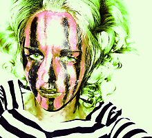 Faces Of Beautiful Horror- Image 6/Green Hair by Rachel Green