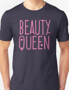 Beauty Queen with cute little hearts Unisex T-Shirt