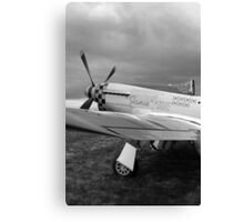 WW2 P51 Mustang Fighter Plane Canvas Print