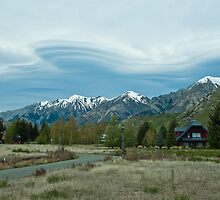 Lenticular Clouds 1 by johngs
