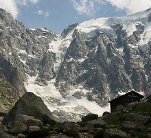 Alpine hut by Béla Török