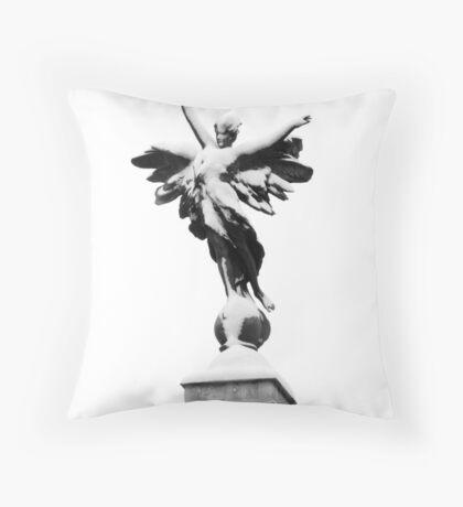 Lewes War Memorial Throw Pillow