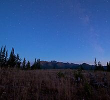 Milky Way in Beartooth Mountains by bluedogphoto