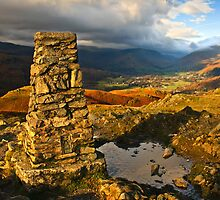 Atop Loughrigg fell on a chilly November day by Shaun Whiteman