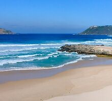 Mandalay Beach, Walpole, Western Australia by Nigel Donald
