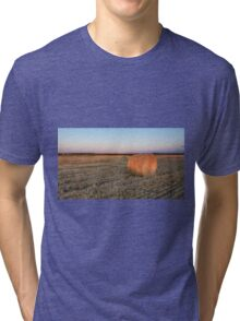 A lone hay bale Tri-blend T-Shirt