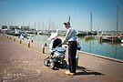 Grandpa on wooden shoes - Marken by steppeland