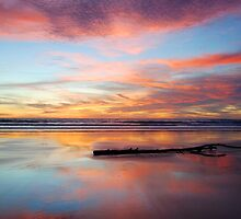 Twilight @ 80 Mile Beach by danjc7