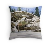 Rock Face at Heron Bay turn off - Heron Bay Ontario Canada Throw Pillow