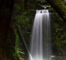Mariners Falls by rflower