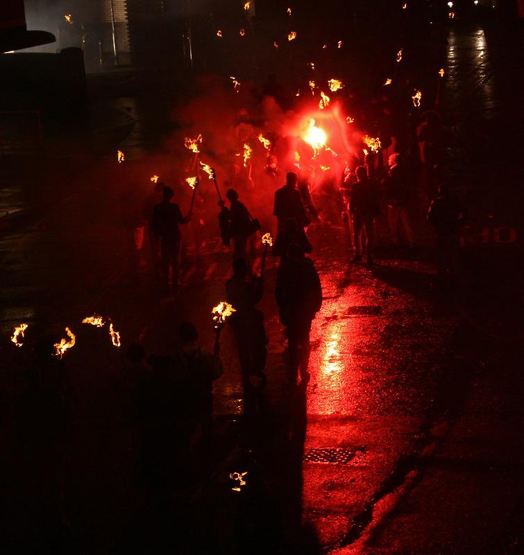 Final Salute (Lewes Bonfire 2010) by JJFA