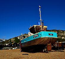 Fishing boat on Hastings Beach by Bel Menpes