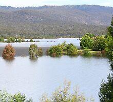 Googong Dam, NSW by tmac
